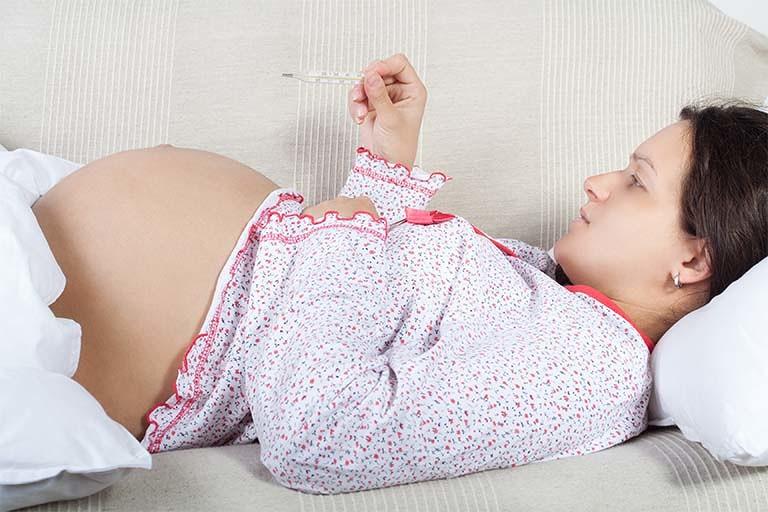 逆子の胎動は普通と違う?位置・場所が ...