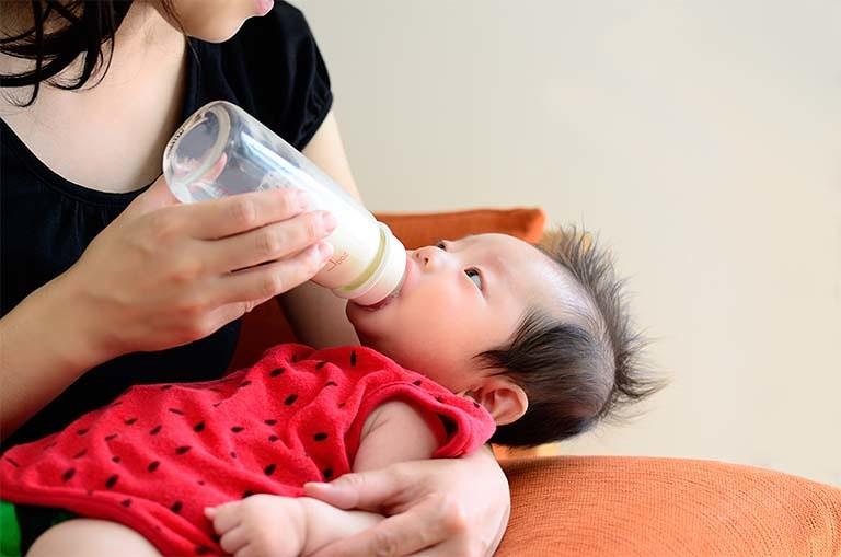 生後 2 ヶ月 ミルク 間隔