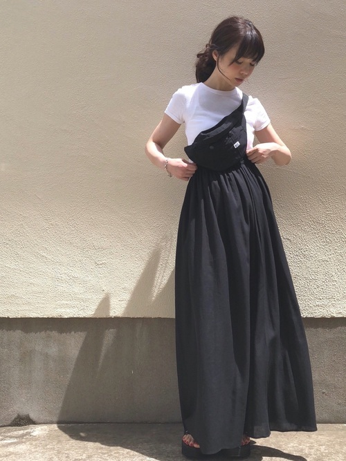 黒 ロング スカート コーデ 夏 夏のロングスカートコーデ|黒、白、ベージュのおしゃれ着こなし集【2...