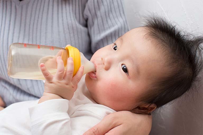 戻し 赤ちゃん ミルク 吐き